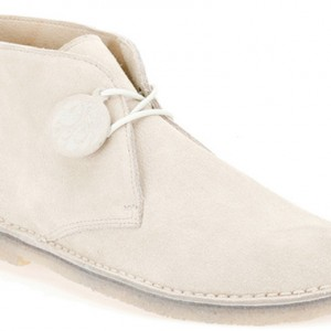 pretty-greeen-clarks-desert-boots