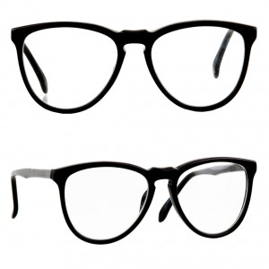 american-apparel-soph-blackrim-glasses
