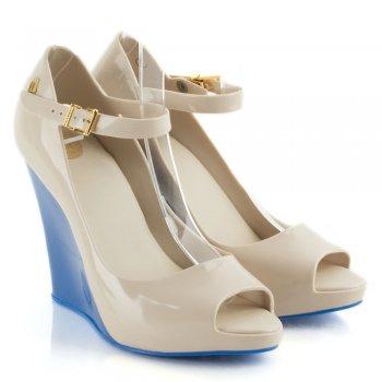Beige Prism Womens Colour Block Wedge Shoe