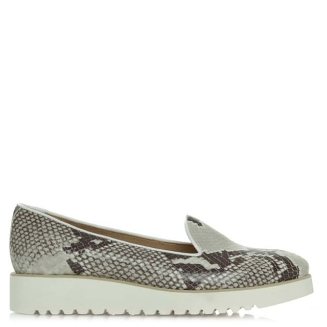 http://www.danielfootwear.com/images/products/medium/1466431308-93517000.jpg