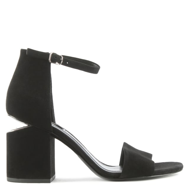 http://www.danielfootwear.com/images/products/medium/1479822033-38049500.jpg