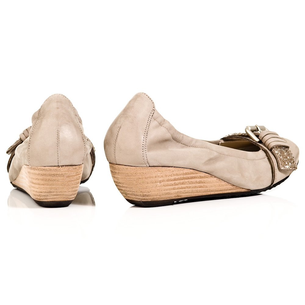 k s beige 31 31660 womens low wedge shoe