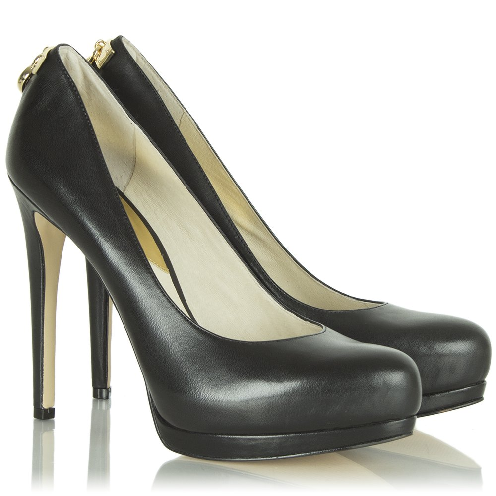 Free shipping on women's high heels and pumps at allshop-eqe0tr01.cf Shop stiletto pumps, peep toe pumps, and dressy pumps for women from the best brands. Totally free shipping & returns on Christian Louboutin, Badgley Mischka, Steve Madden and more.