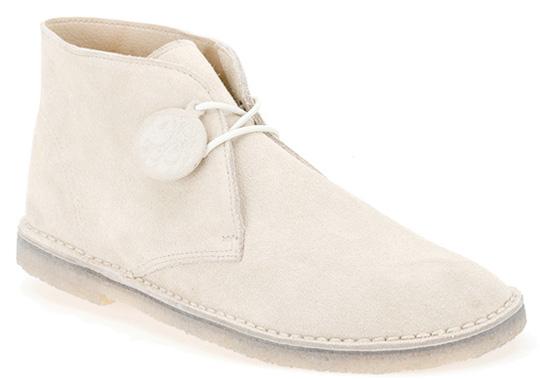 pretty-greeen-clarks-desert-boots
