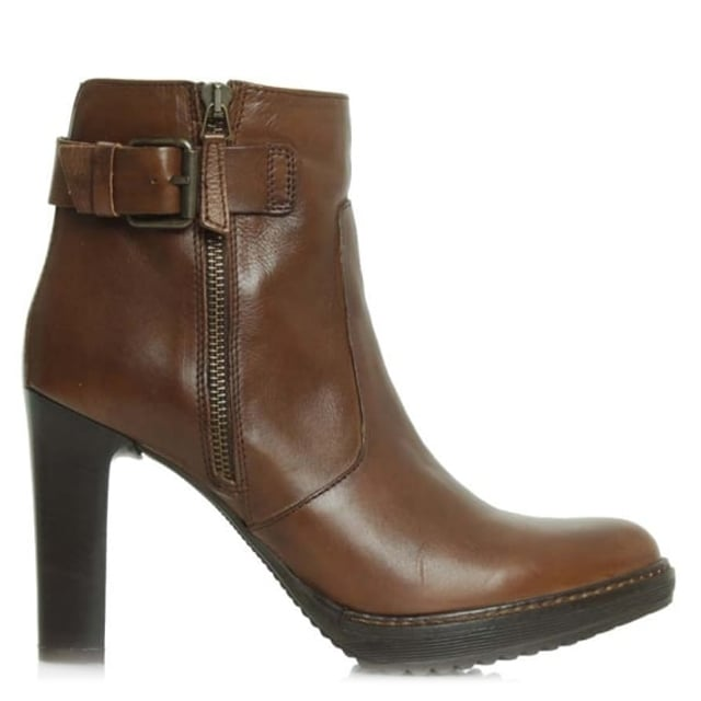 10 Tan Leather Platform Buckle Ankle Boot