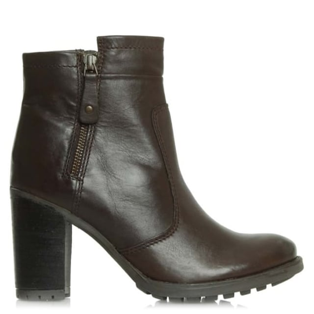 17 Brown Leather Zipper Ankle Boot