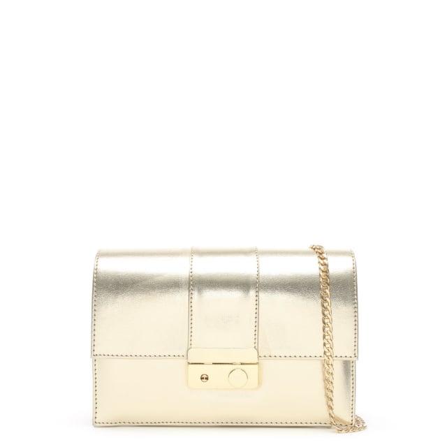 https://www.danielfootwear.com/images/ahand-gold-leather-push-lock-shoulder-bag-p90617-112734_medium.jpg