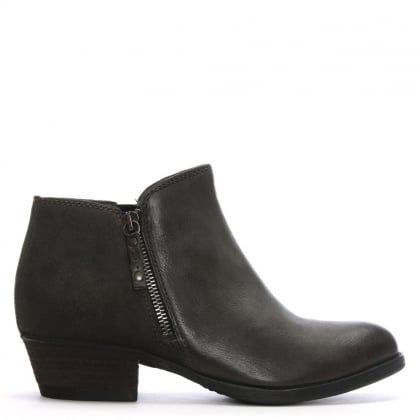 Besti Grey Leather Ankle Boots