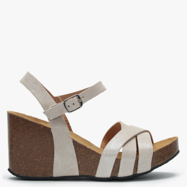 Daniel Beverlywood Beige Metallic Leather Wedge Sandals