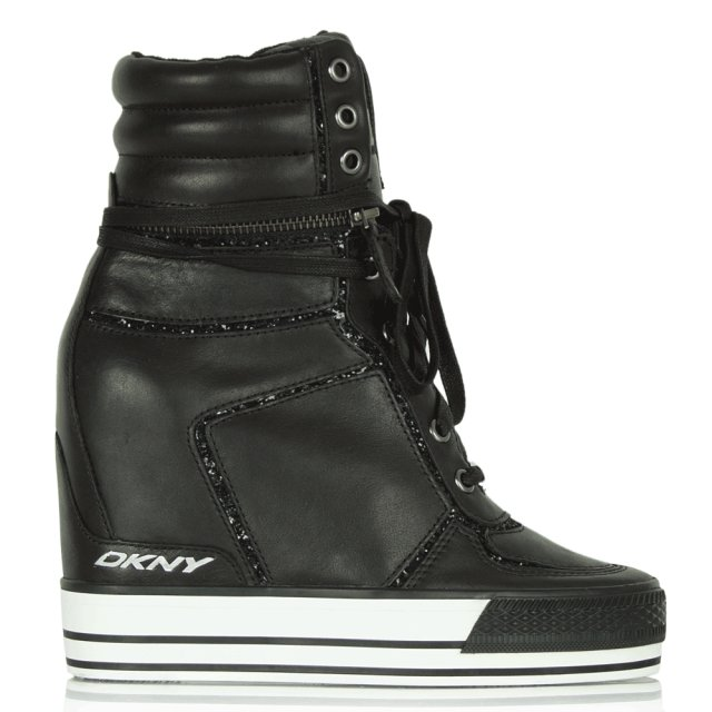 Black Griffin High-top Trainer