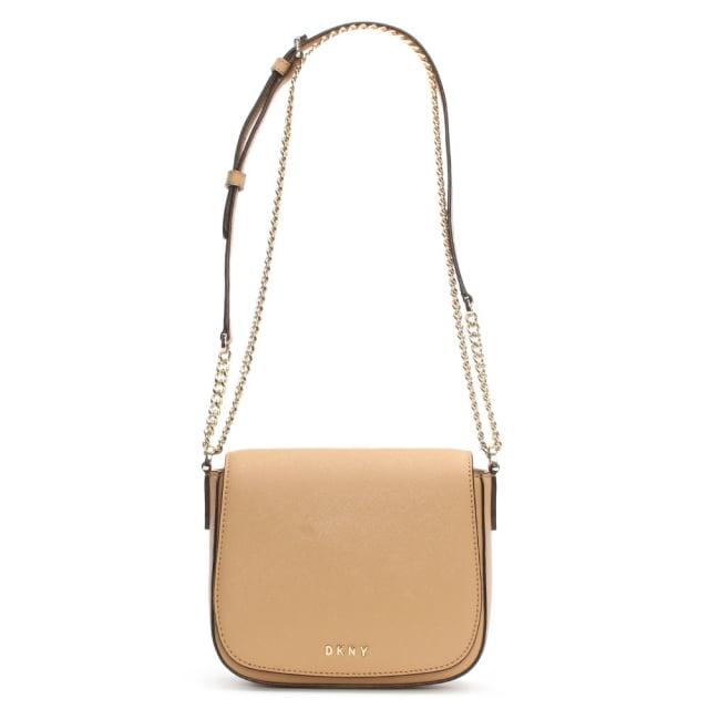 https://www.danielfootwear.com/images/bryant-park-tea-leather-front-flap-cross-body-bag-p90095-112963_medium.jpg