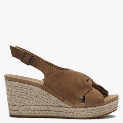 e9e71230fd5 UGG Boots UK | UGG Boots & Shoes | Daniel Footwear