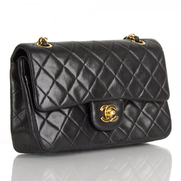 169d73988ce Vintage Chanel Women s Matelassé Chain Shoulder Bag