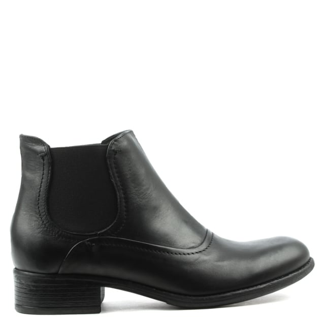 Class Black Leather Chelsea Boot