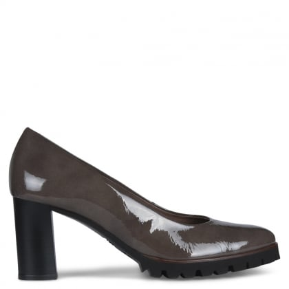 Enclose Grey Patent Leather Cleated Court Shoes