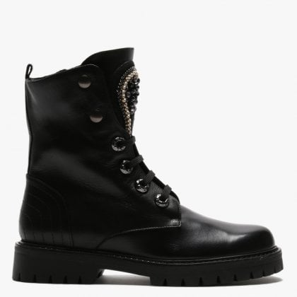 the latest 8355c dcb5a Womens Designer Shoes, Bags & Fashion Accessories | Daniel ...