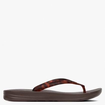 24f89abd96b FitFlop Iqushion Chocolate Brown Turtle Tortoiseshell Toe Post Flip Flops