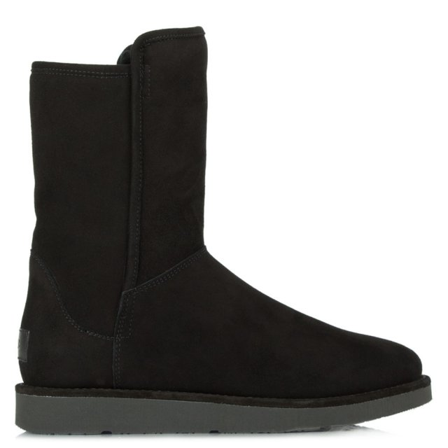 Luxe Abree Nero Suede Short Boot