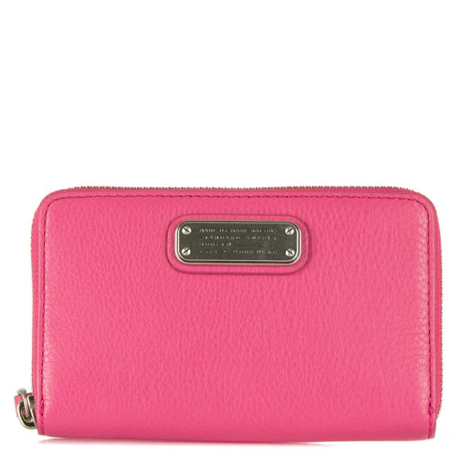 New Q Wingman Pink Leather Wrist-Let Zip Around Wallet