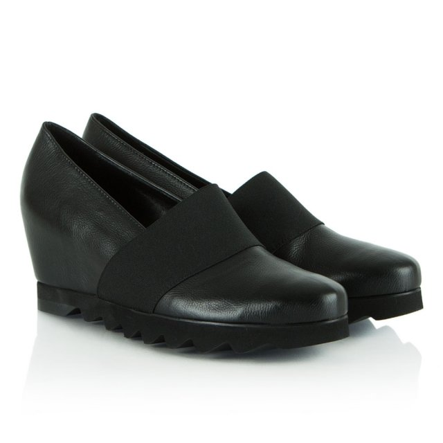 Hogl Black Leather Tori Cleated Wedge Shoe