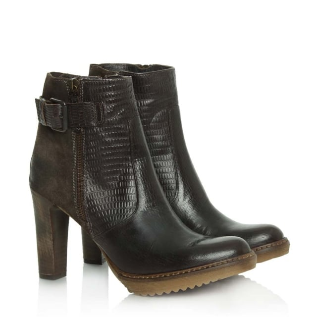 Manas 10 Brown Leather Platform Buckle Ankle Boot