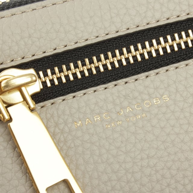 Marc Jacobs Gotham City Taupe Leather Wristlet Wallet