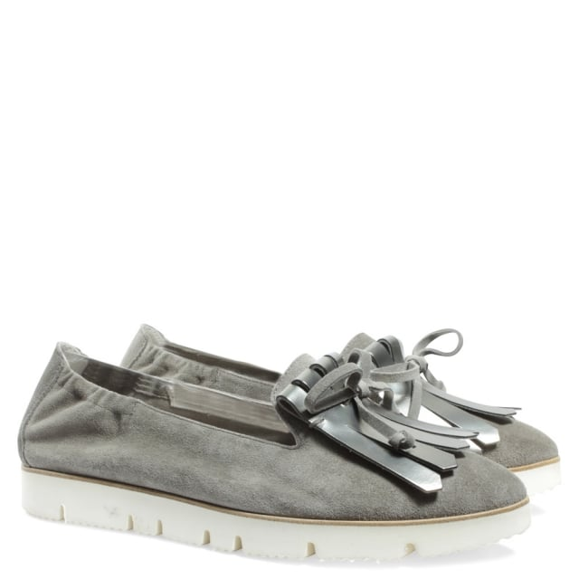 Kennel & Schmenger Golfer Taupe Suede Pointed Toe Fringe Loafer