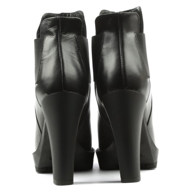 Lea Foscati Black Leather Block Heel Chelsea Boot