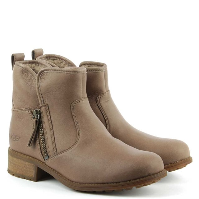UGG Lavelle Camel Leather Zipper Ankle Boot