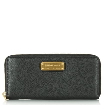 Marc By Marc Jacobs New Q Slim Zip Around Black Leather Wallet