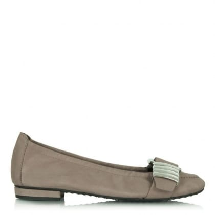 Kennel & Schmenger Taupe Suede Pixiebob Buckle Flat
