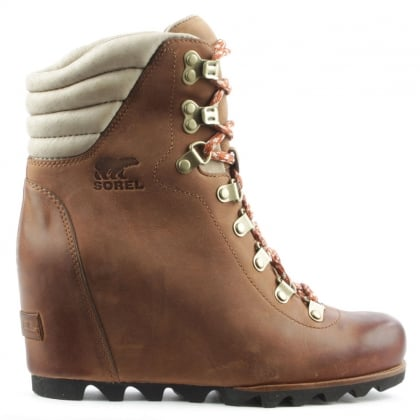 Sorel Conquest Tan Lace Up Wedge Boot