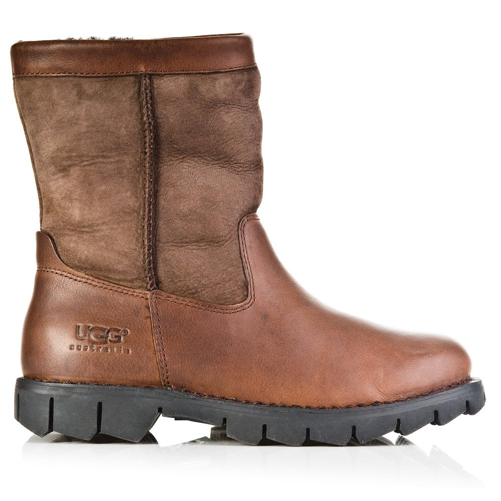 ugg ugg brown beacon men s boot ugg from daniel footwear uk. Black Bedroom Furniture Sets. Home Design Ideas