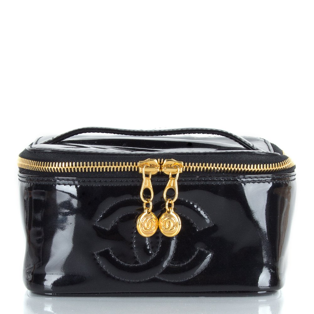 vintage chanel women s black patent vanity case. Black Bedroom Furniture Sets. Home Design Ideas