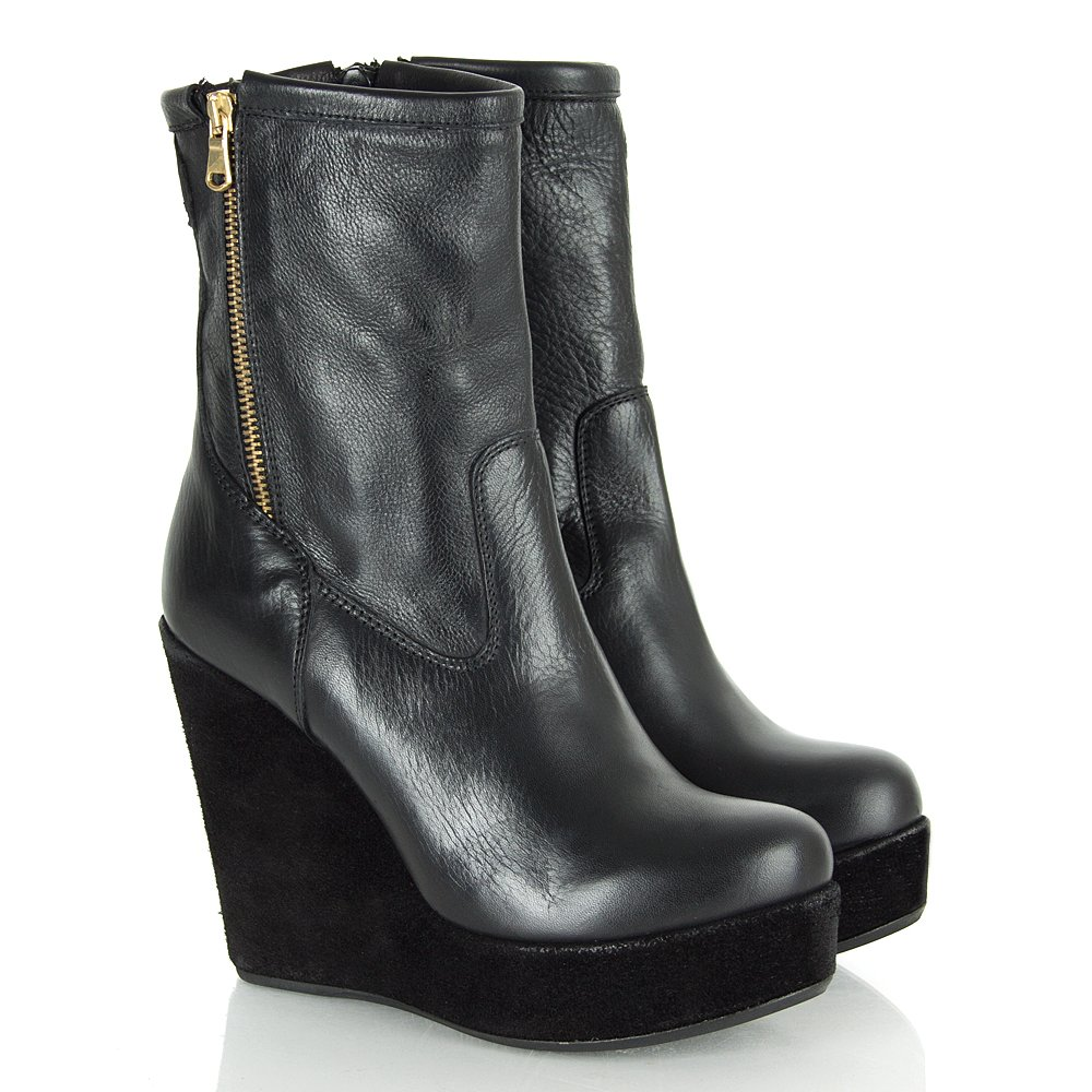 veta black leather s wedge ankle boot