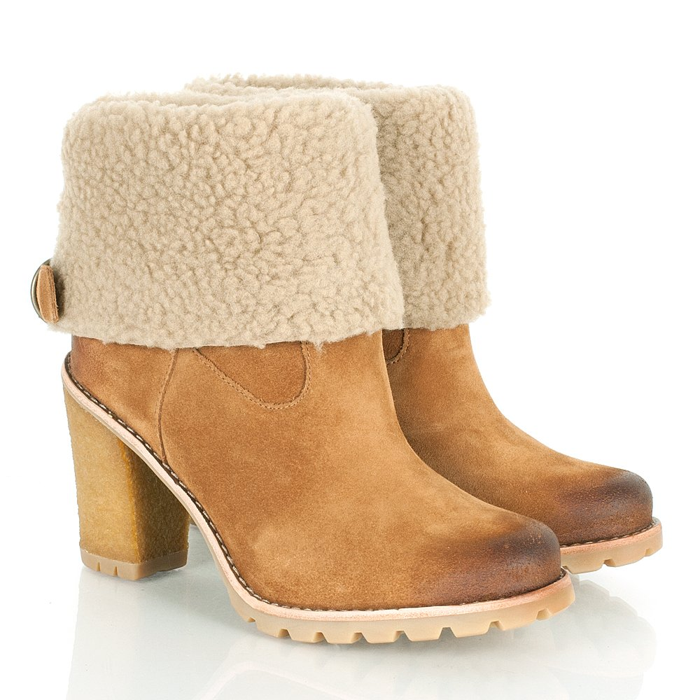 ugg 174 coralie calf heeled boot