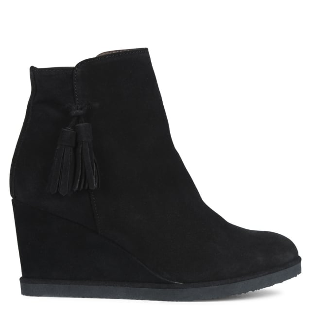 redress-black-suede-tassel-wedge-ankle-boots