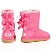 pink uggs bow