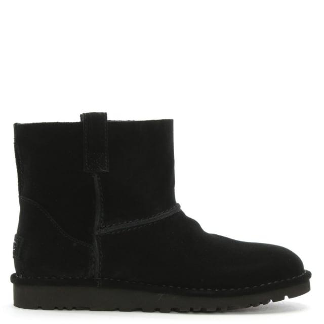 https://www.danielfootwear.com/images/unlined-mini-black-suede-boot-p91182-114801_medium.jpg
