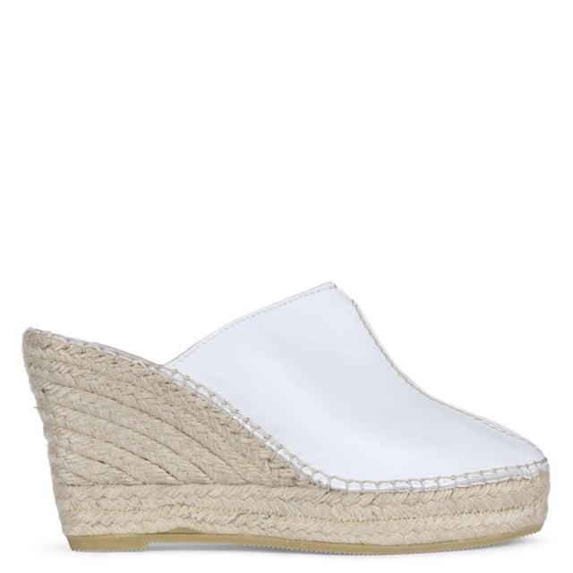 Vidorreta Vitex White Leather Closed Toe Wedge Mules