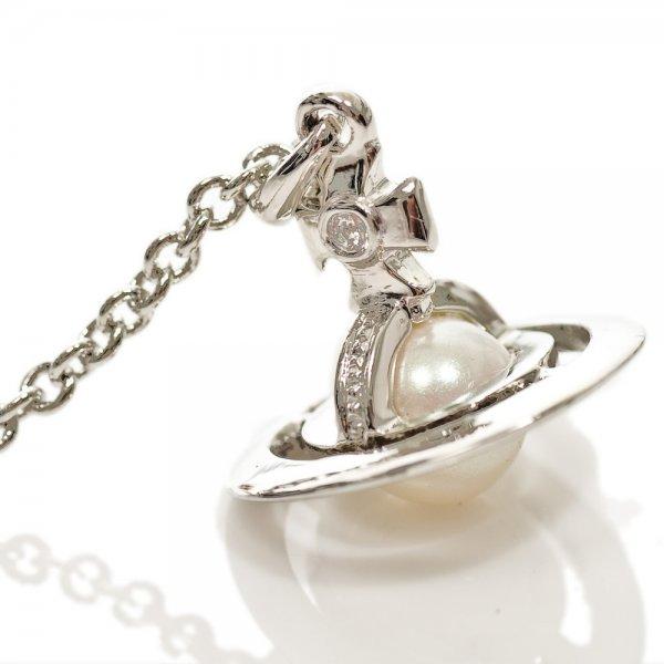 Vivienne westwood silver orb pendant womens necklace keyrings vivienne westwood silver orb pendant womens necklace aloadofball Gallery