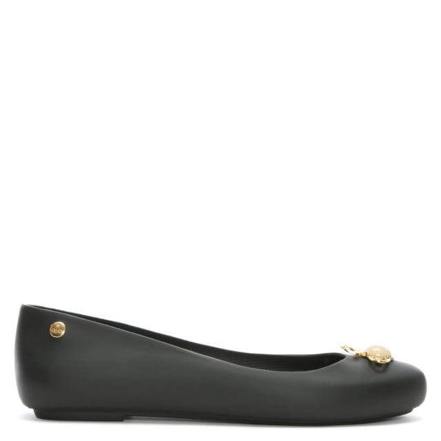 https://www.danielfootwear.com/images/x-melissa-space-love-black-pearl-orb-ballerina-flats-p90883-113645_medium.jpg